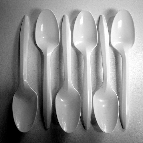 Mailbu Bans Plastic Utensils!